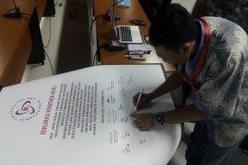 Penandatangan Deklarasi Mutu oleh Sivitas Akademika UPJ